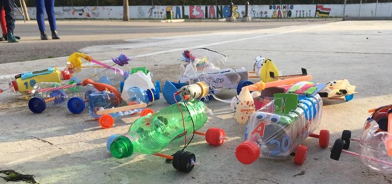 Fábrica de coches ¡con materiales reciclados!