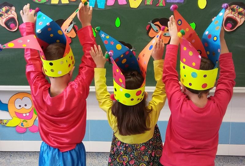Escuela de bufones, en Carnaval