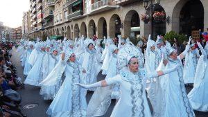 Salesianos en el desfile de Carnaval de Logroño