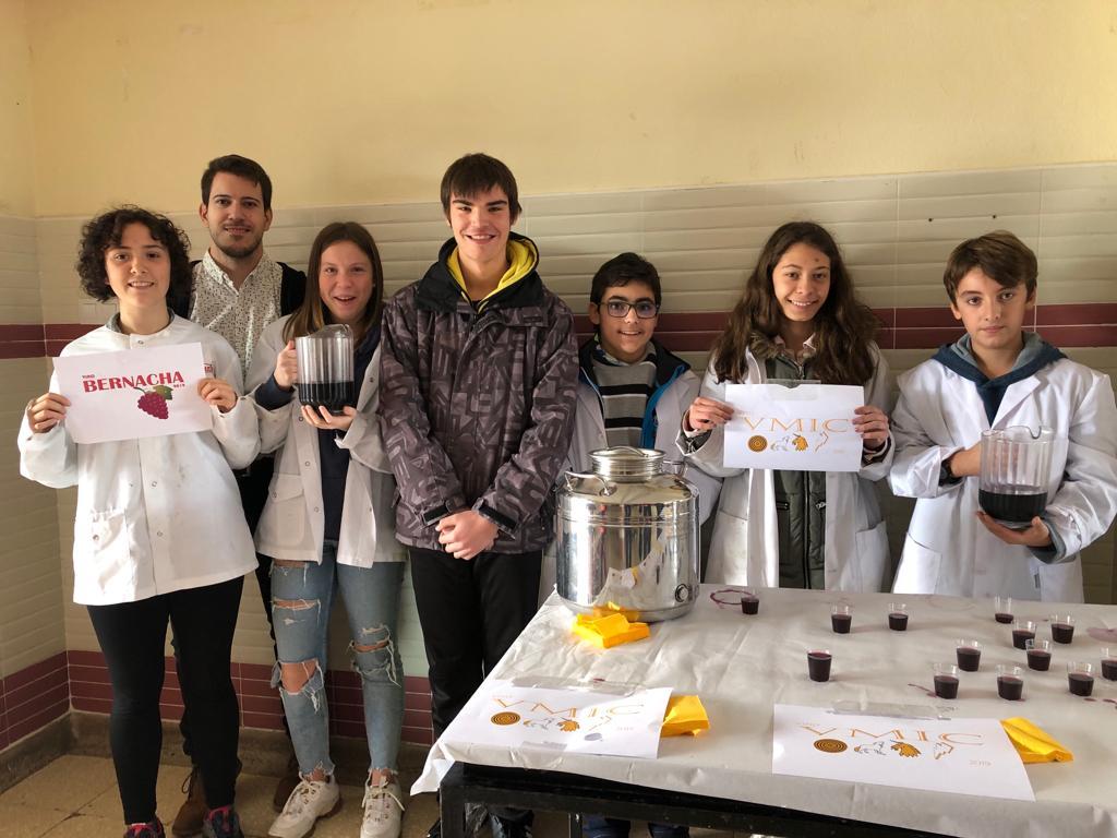 ¡Primeros vinos elaborados por nuestros alumnos!