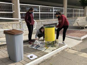 Alumnos comprometidos con el reciclaje